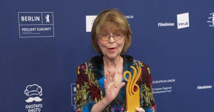 Cornelia Froboessbei der Verleihung des Deutschen Schauspielpreises 2021 in Berlin.