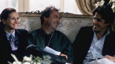 """Regisseur Roger Michell (M.) mit seinen """"Notting Hill""""-Hauptdarstellern Julia Roberts und Hugh Grant. (wag/spot)"""