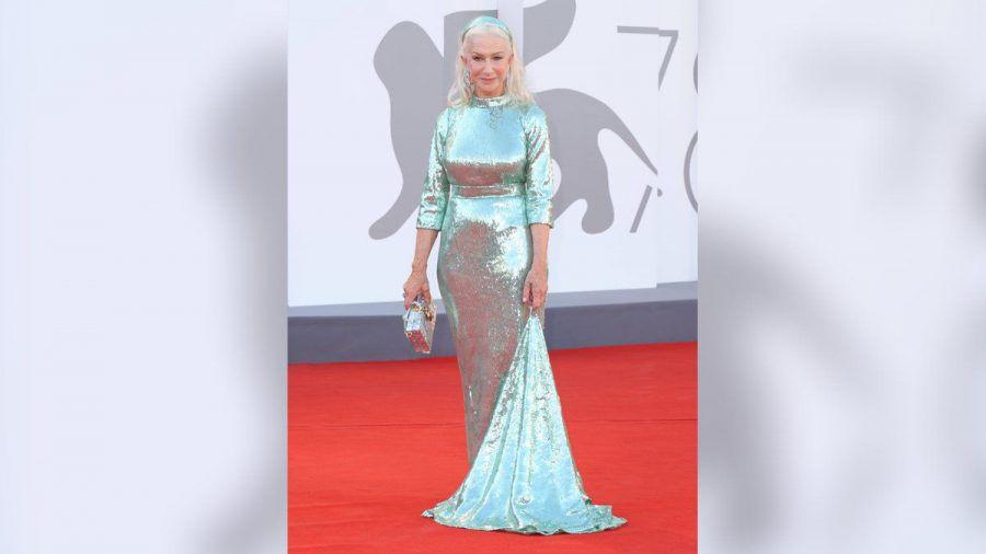 Helen Mirren in ihrem Kleid von Dolce & Gabbana. (jom/spot)