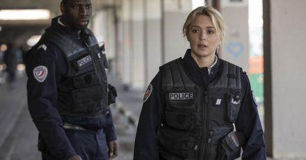 Virginie Efira als Virginie und Omar Sy als  Aristide in einer Szene des Films «Bis an die Grenze».
