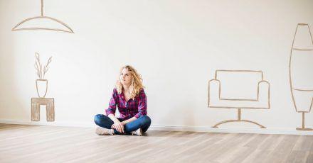 Umgezogen, neue Möbel bestellt - und nichts kommt. Die Möbelindustrie muss aktuell mit Lieferengpässen kämpfen.