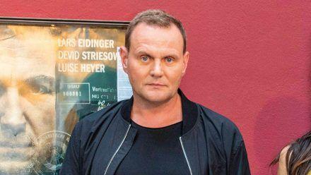 """Devid Striesow bei der Premiere des Kinofilms """"Nahschuss"""" im Juli in Hamburg. (ili/spot)"""