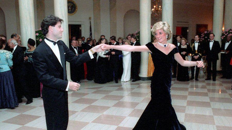 """John Travolta plaudert über den """"märchenhaften"""" Tanz mit Prinzessin Diana"""