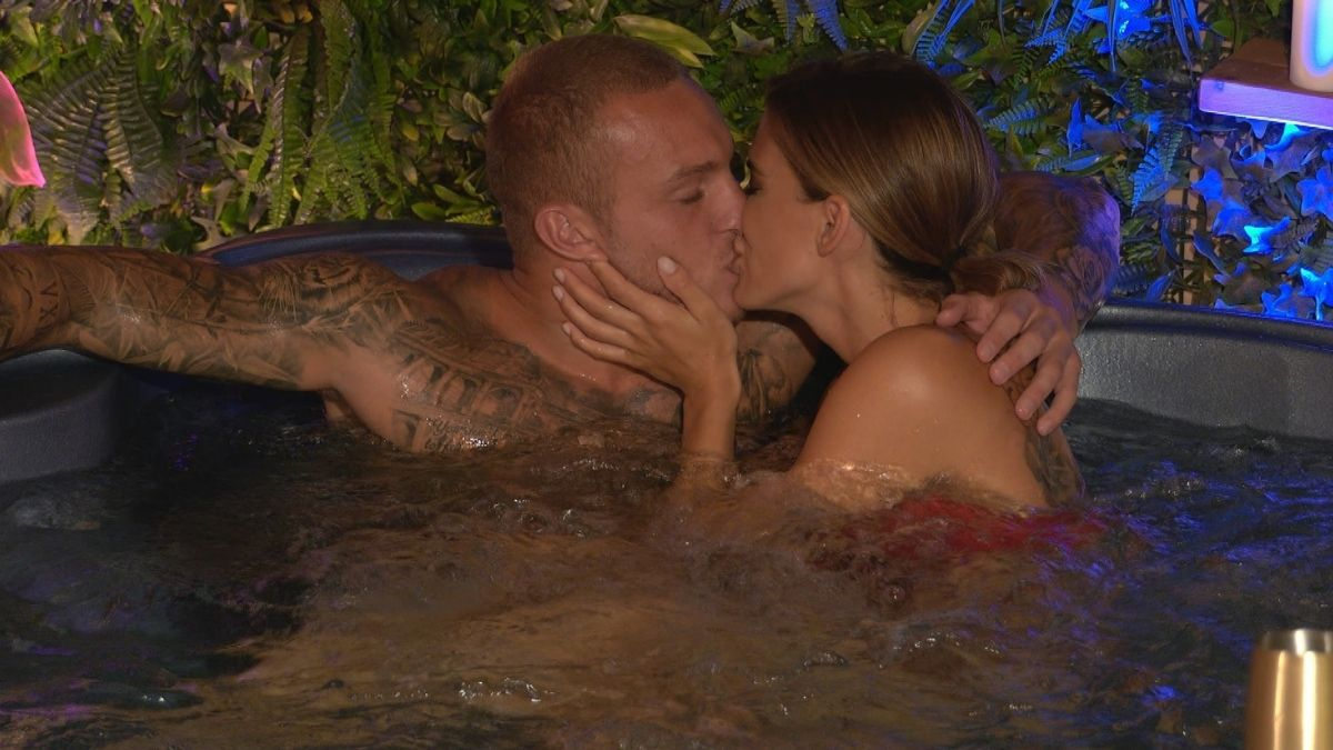 """Love Island"" Tag 10: Haben Andrina und Martin Sex in der Private Suite?"