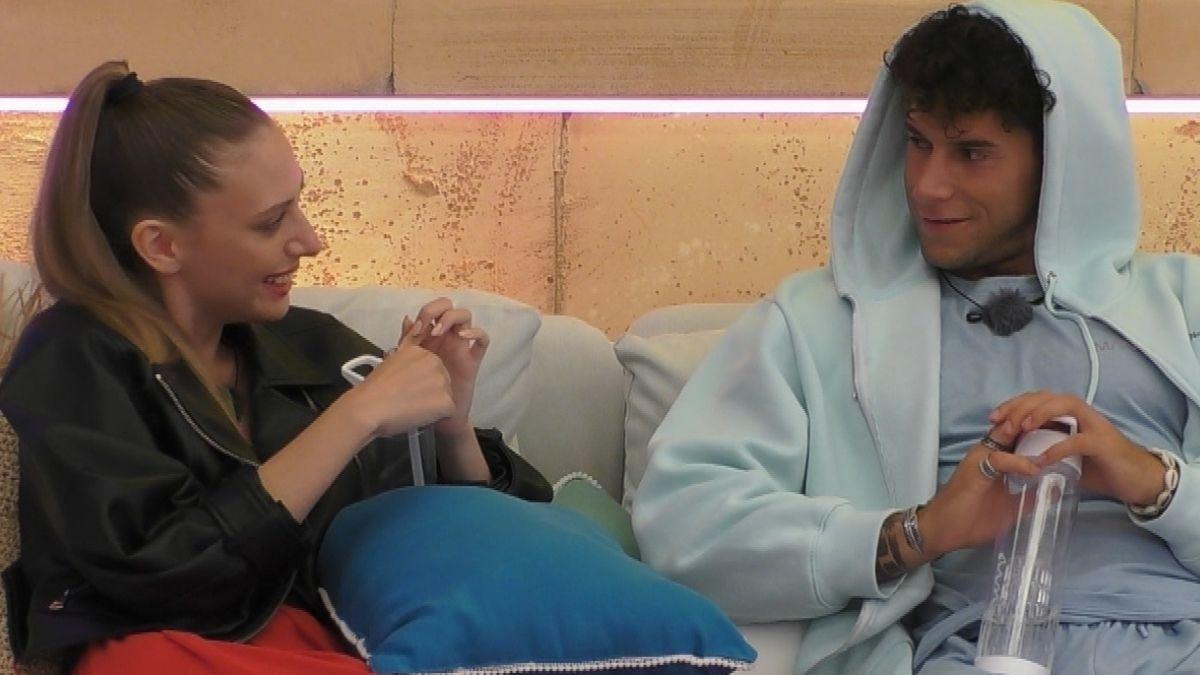 """sland"""" Tag 9: Situation eskaliert - Lena und Dominik wollen ausziehen!"""