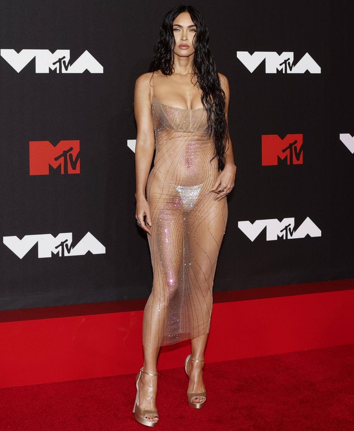 Megan Fox in einem Hauch von Nichts bei den VMAs gesichtet