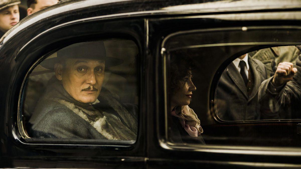 """Filmkritik """"Schachnovelle"""": Oliver Masucci als ehemaliger Gefangener der Gestapo"""