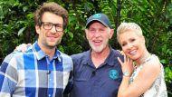 Wohin verschlägt es Daniel Hartwich (l.), Dr. Bob und Sonja Zietlow für das kommende Dschungelcamp? (hub/spot)