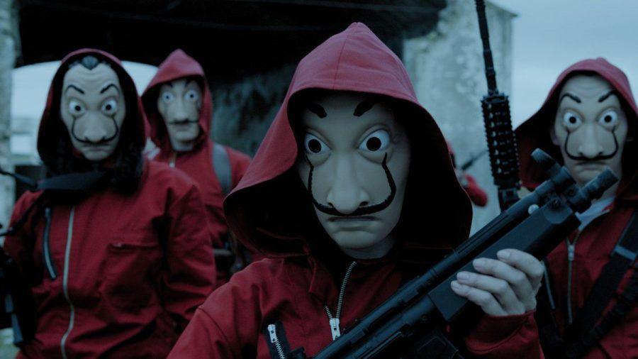 """Die Masken aus """"Haus des Geldes"""" sind zur internationalen Ikone geworden. (smi/spot)"""