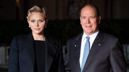 Fürstin Charlène mit ihrem Ehemann Fürst Albert II. von Monaco. (hub/spot)
