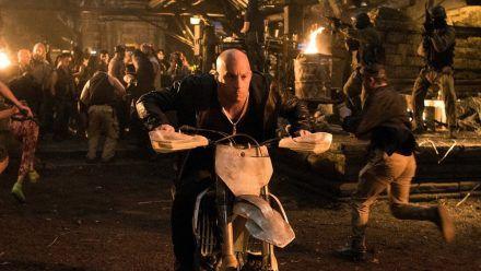 """""""xXx: Die Rückkehr des Xander Cage"""": Der für tot gehaltene Extremsportler Xander Cage (Vin Diesel) ist aus dem Exil zurück. (cg/spot)"""