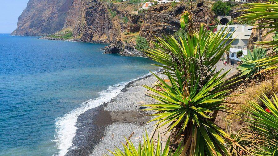 Auf Madeira herrschen auch im Herbst angenehme Temperaturen. (amw/spot)