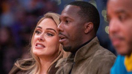 Gebannt fieberten Adele und ihr Freund Rich Paul bei einem NBA-Spiel der Los Angeles Lakers mit. (stk/spot)