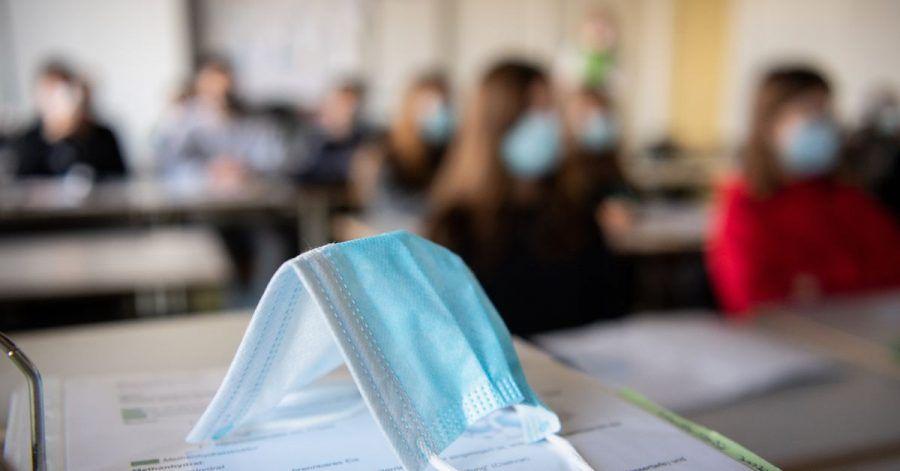 Seit August ist die Zahl der Corona-Ausbrüche in Kitas und Schulen laut RKI erkennbar gestiegen.