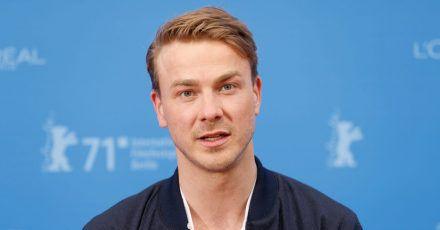 Der Schauspieler Albrecht Schuch wird ausgezeichnet.