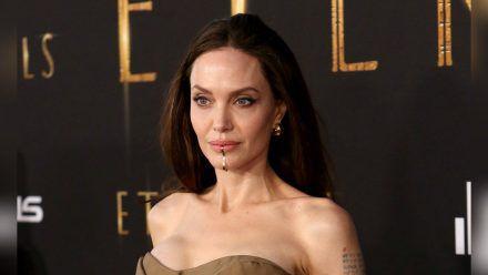 """Angelina Jolie auf der Premiere von """"Eternals"""" in Los Angeles. (wue/spot)"""