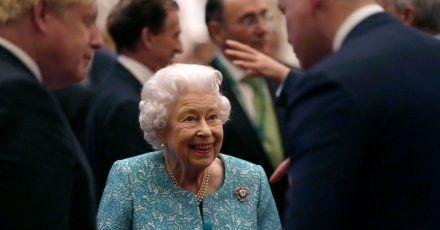Im Mittelpunkt: Königin Elizabeth II.