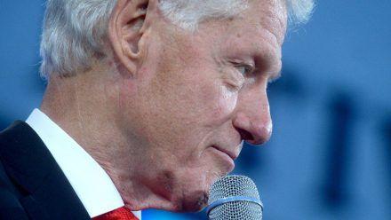 Bill Clinton befindet sich wegen einer Infektion derzeit in einem kalifornischen Krankenhaus. (wue/spot)