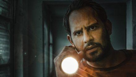 Moritz Bleibtreu in seiner Rolle als Pierre Manzano. (jom/spot)