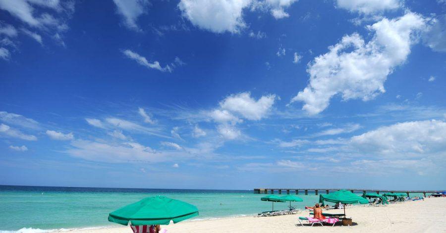 Winterflucht in den «Sunshine State»: Urlaubsgäste liegen am Strand von Miami in Florida.