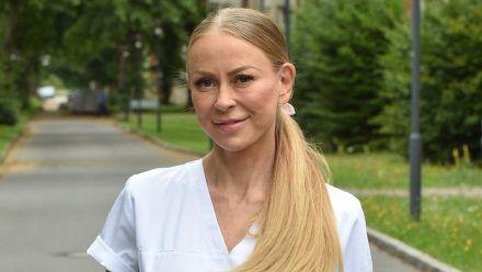 Jenny Elvers hat den Alltag als Pflegekraft hautnah miterlebt. (jom/spot)