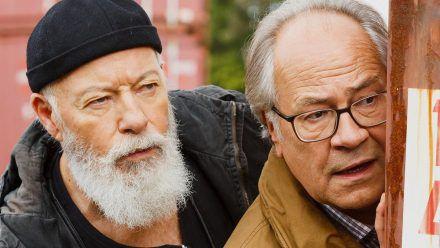 """Bill Mockridge und Hartmut Volle (re.) sind die neuen """"Rentnercops"""". (eee/spot)"""