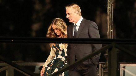 Sarah Jessica Parker und Chris Noth während eines Drehs in Paris. (wue/spot)