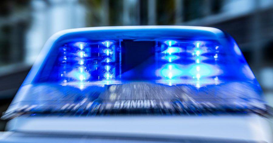 Bei einer Polizeukontrolle musste ein US-Tourist in Bayern über 10.000 Euro in bar zahlen.