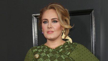 """Adele bricht mit ihrem neuen Song """"Easy On Me"""" einen Rekord bei Spotify. (wue/spot)"""