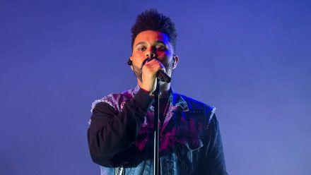 The Weeknd verschiebt seine Welttournee um einige Monate. (ncz/spot)