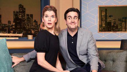 """Anke Engelke und Bastian Pastewka wollen sich in """"LOL: Last One Laughing"""" gegenseitig zum Lachen bringen. (aha/spot)"""