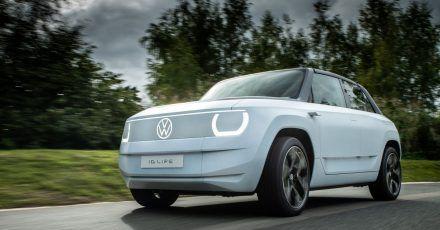 Als Studie fährt der VW ID Life mit einer Batterie von 57 kWh und kommt damit maximal 400 Kilometer weit.