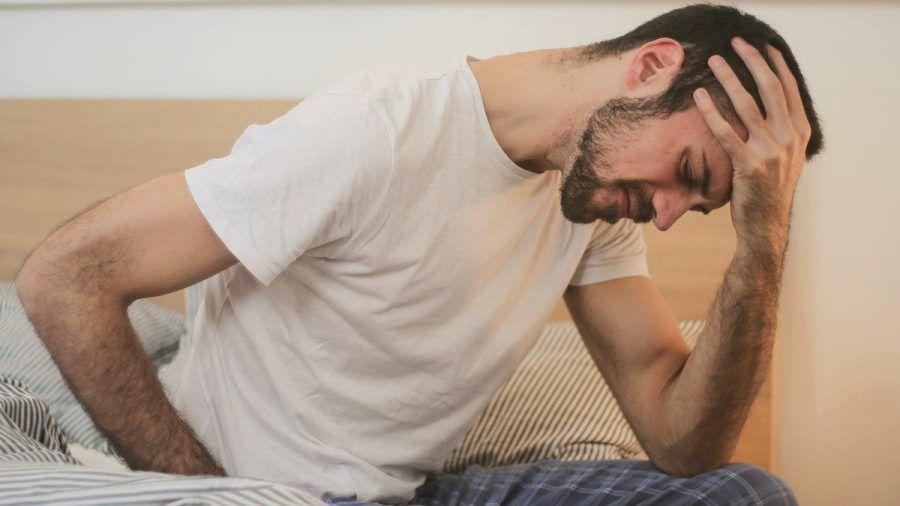Auch jüngere Menschen können von Rheuma betroffen sein (spot)