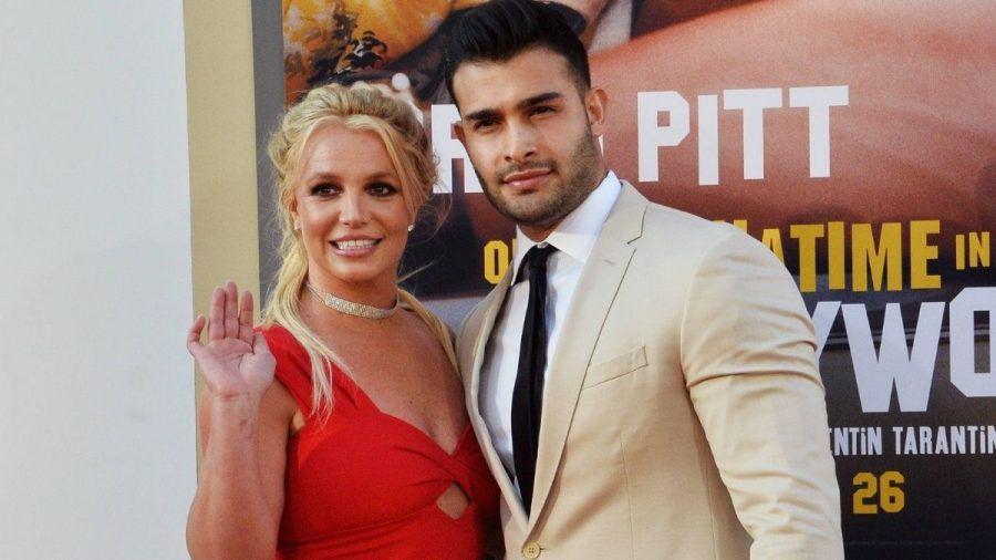 Nackt und laut lachend: Britney Spears feiert den ultimativen Befreiungsschlag
