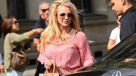 """""""Habe ein Baby bekommen"""": Britney Spears schockt mit Puppen-Video"""