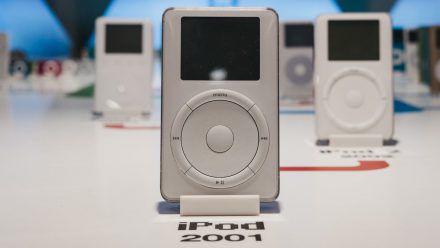 """Der erste iPod setzte noch auf das sogenannte """"Click Wheel"""". (elm/spot)"""