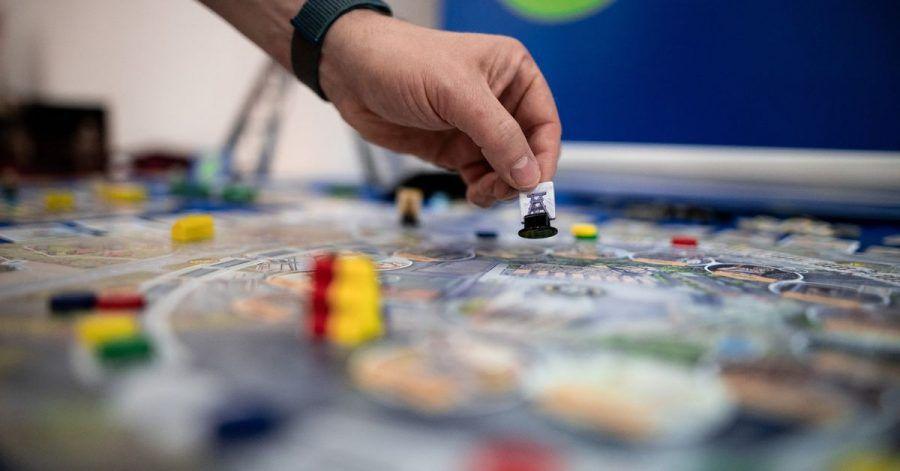 """Die internationale Spielmesse """"Spiel'21"""" in der Messe Essen ist gestartet. Die Branche wächst seit Jahren und ist durch die Pandemie noch beflügelt worden."""