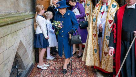 Die Queen vor der Westminster Abbey in London. (jom/spot)