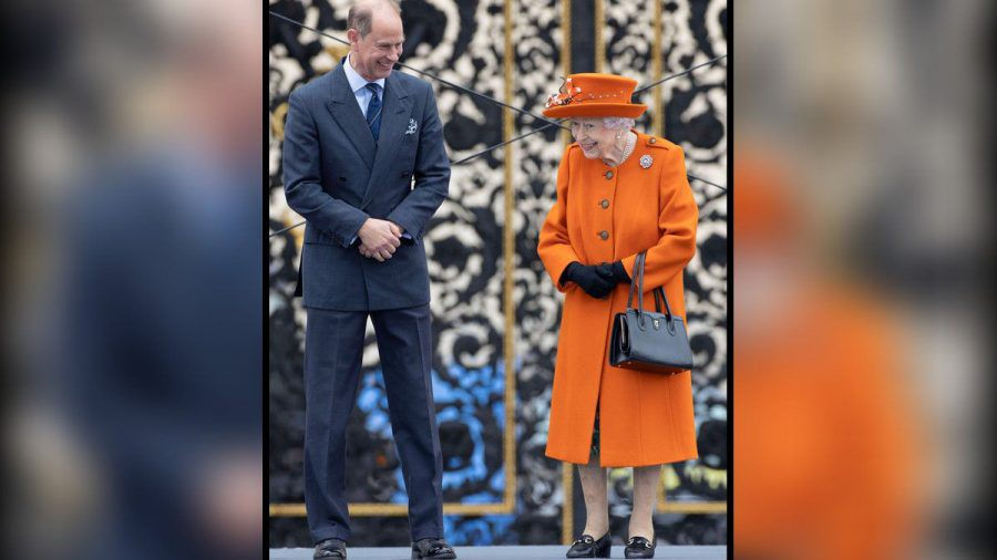 Die Queen mit Prinz Edward in London. (hub/spot)
