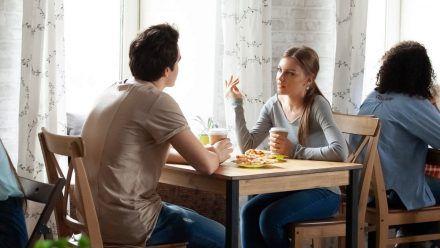 Immer mehr Menschen wollen bereits beim ersten Date Klarheit schaffen. (eee/spot)
