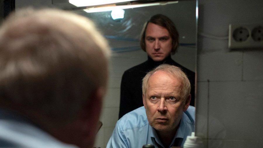 """Zwischen Kai Korthals (Lars Eidinger) und Axel Milberg (Kommissar Borowski) kommt es im neuen Kiel-""""Tatort"""" erneut zum Showdown. (dr/spot)"""