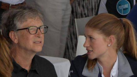 Bill Gates und seine Tochter Jennifer 2019. (tae/spot)