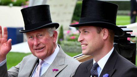 Prinz Charles und Prinz William beim Pferderennen in Ascot 2019. (ncz/spot)