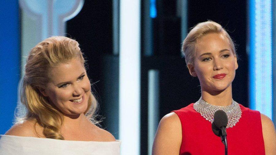 Amy Schumer (l.) und Jennifer Lawrence gelten seit vielen Jahren als gute Freundinnen. (dr/spot)