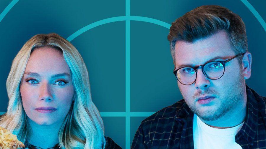 """Visa Vie und Philipp Fleiter präsentieren """"Sonntag 20:15 Uhr - Der Podcast zu Tatort und Polizeiruf"""". (wue/spot)"""