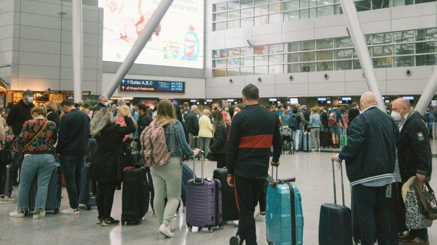 Kontroll-Chaos an Flughäfen: Künftig bis zu acht Stunden Wartezeit möglich