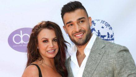 Britney Spears und Sam Asghari bei der Ankunft zur Verleihung der Daytime Beauty Awards