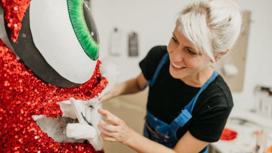 Marianne Meinl, Maskenbauerin bei TMS