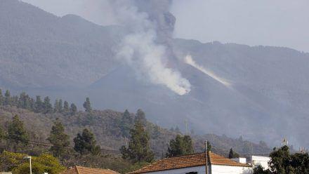 Der Vulkan auf La Palma bleibt aktiv: Kegel eingestürzt